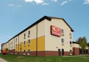 Econo Lodge  Inn & Suites Fairgrounds